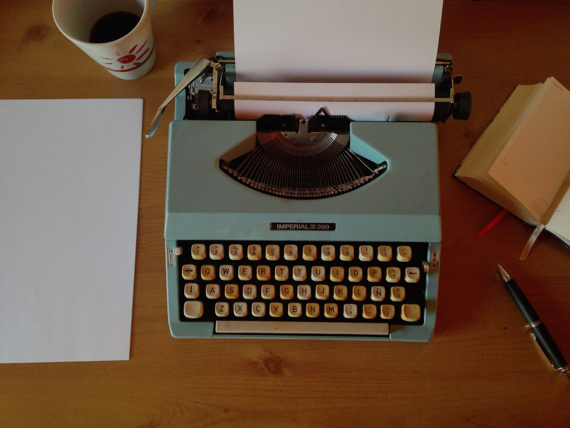 3 Best Typewriters for Writers 2019 (according to a writer!)